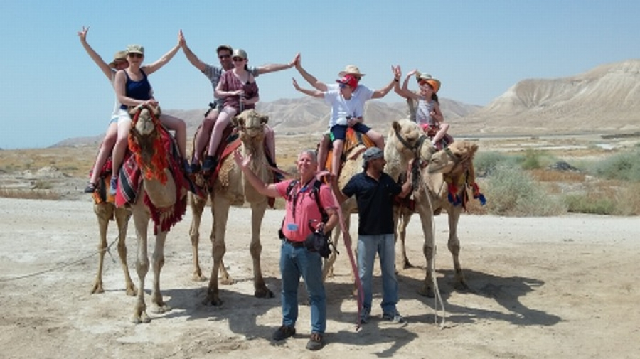 Leading a family tour of the Negev Dessert